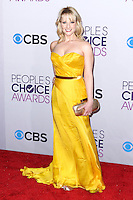 LOS ANGELES, CA - JANUARY 09: Melissa Rauch arrives at the 39th Annual People's Choice Awards held at Nokia Theatre L.A. Live on January 9, 2013 in Los Angeles, California.  Credit: MediaPunch Inc. /NORTEPHOTO