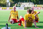 Tyres&ouml; 2014-05-25 Fotboll Damallsvenskan Tyres&ouml; FF - FC Roseng&aring;rd :  <br /> Tyres&ouml;s  Caroline Seger ser nedst&auml;md ut efter matchen<br /> (Foto: Kenta J&ouml;nsson) Nyckelord:  Damallsvenskan Tyres&ouml;vallen Tyres&ouml; TFF FC Roseng&aring;rd FCR Malm&ouml; depp besviken besvikelse sorg ledsen deppig nedst&auml;md uppgiven sad disappointment disappointed dejected