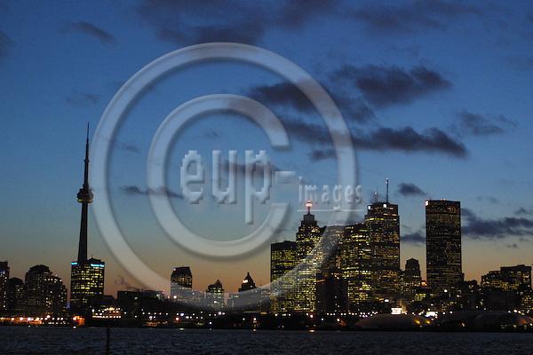 TORONTO - CANADA -- 28. JUNE 2006 -- Toronto skyline. -- PHOTO: UFFE Noejgaard/ EUP-IMAGES