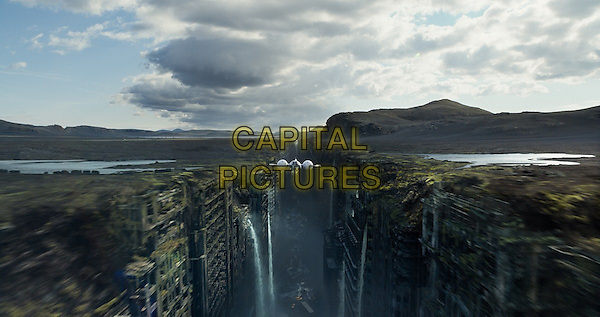 SCENE<br /> in Oblivion (2013) <br /> *Filmstill - Editorial Use Only*<br /> CAP/NFS<br /> Image supplied by Capital Pictures