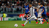 Calcio, quarti di finale di andata di Champions League: Juventus vs Monaco. Torino, Juventus stadium, 14 aprile 2015.<br /> Juventus' Arturo Vidal scores on a penalty kick during the Champions League quarterfinals first leg football match between Juventus and Monaco at Juventus stadium, 14 April 2015.<br /> UPDATE IMAGES PRESS/Isabella Bonotto