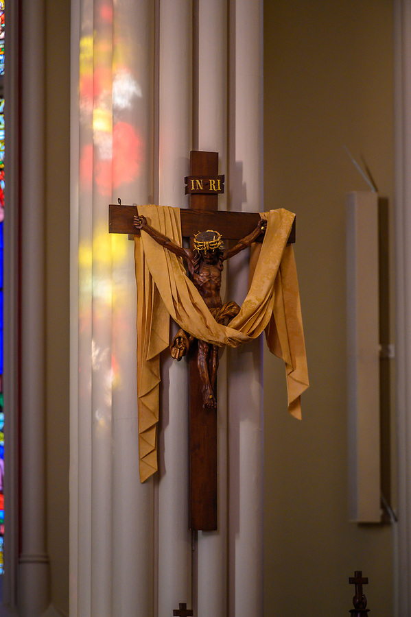 April 20, 2019; Crucifix in the Basilica of the Sacred Heart (Photo by Matt Cashore/University of Notre Dame)