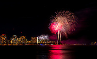 HONOLULU, HI - July 4, 2019: July 4th Fireworks display at Ala Moana Beach Park in Honolulu, HI on July 4, 2019. <br /> CAP/MPI/EKP<br /> ©EKP/MPI/Capital Pictures