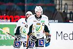 Stockholm 2014-01-18 Ishockey SHL AIK - F&auml;rjestads BK :  <br /> F&auml;rjestads Rickard Wallin efter att ha gratulerat F&auml;rjestads Martin R&ouml;ymark f&ouml;r sitt 4-2 m&aring;l<br /> (Foto: Kenta J&ouml;nsson) Nyckelord:  portr&auml;tt portrait
