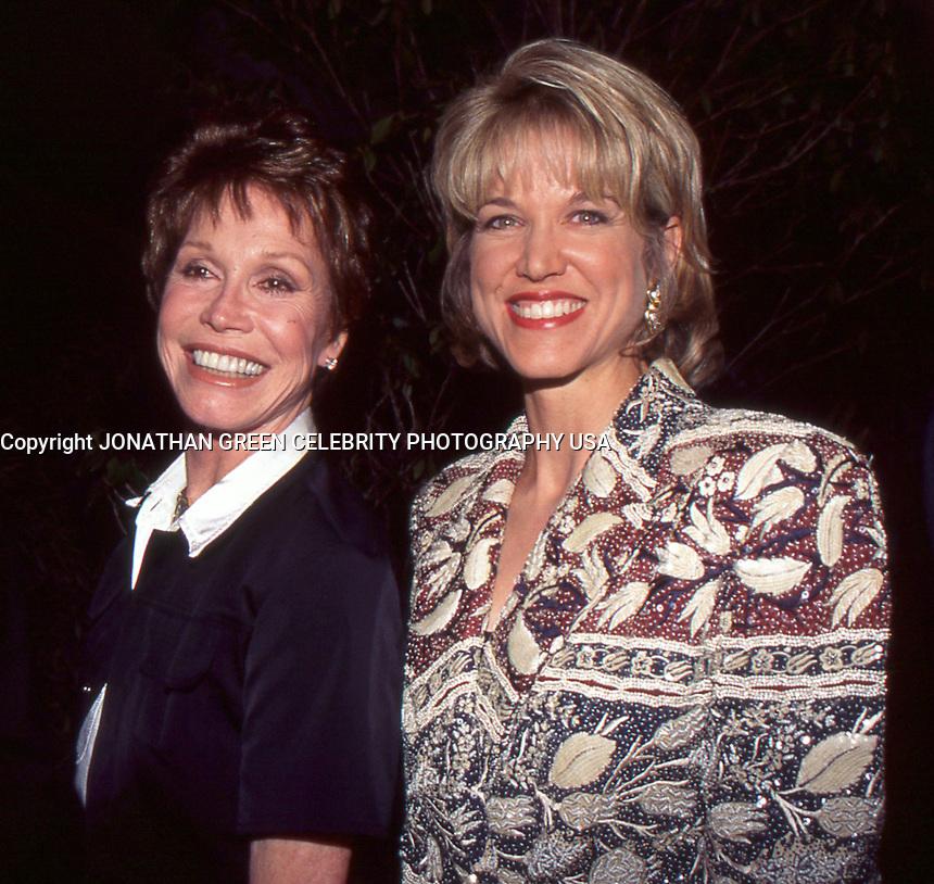 Mary Tyler Moore & Paula Zahn 1996 By Jonathan Green