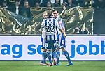 Solna 2014-03-31 Fotboll Allsvenskan AIK - IFK G&ouml;teborg :  <br /> G&ouml;teborgs Martin Smedberg-Dalence jublar med lagkamrater i samband med att G&ouml;teborgs Lasse Vibe gjort 1-0<br /> (Foto: Kenta J&ouml;nsson) Nyckelord:  AIK Gnaget Solna IFK G&ouml;teborg Bl&aring;vitt jubel gl&auml;dje lycka glad happy