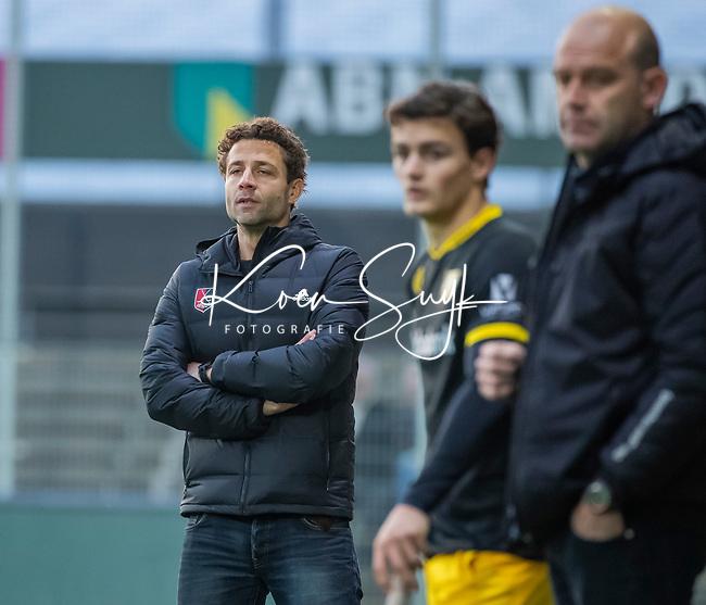 AMSTELVEEN -  coach Xanti Freixa (Adam)   tijdens de competitie hoofdklasse hockeywedstrijd mannen, Amsterdam- Den Bosch (2-3).  COPYRIGHT KOEN SUYK