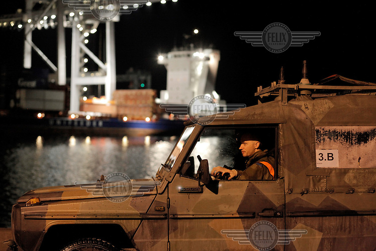 (Oslo 28.10.2010) Svein Jomar Steinsgard, one of the Home Guard soldiers guarding the oil terminal Sjursøya during an exercise..The Home Guard has traditionally been designated to secure important domestic installations in case of war or crisis. With the cold war long gone, a war in Afghanistan and budget cuts, there is a debate over the Home Guard's role in the future....©Fredrik Naumann/Felix Features