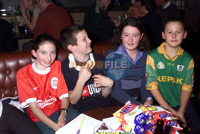 Doireann Meade, Neil Dunne, Catherine Collins and Peter Collins at the table quiz in Whyte's pub Stamullen..Picture: Paul Mohan/Newsfile