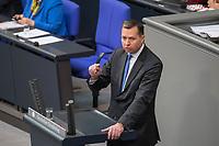 17. Sitzung des Deutschen Bundestag am Donnerstag den 1. Maerz 2018.<br /> Tagesordnungspunkt: &quot;Einsetzung des 1. Untersuchungsausschuss&quot; zur Aufklaerung des Terroranschlag des islamistischen Terroristen Anis Amri auf den Weihnachtsmarkt am Berliner Breitscheidplatz im Dezember 2017.<br /> Im Bild: Stefan Mayer (CSU), bei seiner Rede zur Einsetzung des Parlamentarischen Untersuchungsausschuss.<br /> 1.3.2018, Berlin<br /> Copyright: Christian-Ditsch.de<br /> [Inhaltsveraendernde Manipulation des Fotos nur nach ausdruecklicher Genehmigung des Fotografen. Vereinbarungen ueber Abtretung von Persoenlichkeitsrechten/Model Release der abgebildeten Person/Personen liegen nicht vor. NO MODEL RELEASE! Nur fuer Redaktionelle Zwecke. Don't publish without copyright Christian-Ditsch.de, Veroeffentlichung nur mit Fotografennennung, sowie gegen Honorar, MwSt. und Beleg. Konto: I N G - D i B a, IBAN DE58500105175400192269, BIC INGDDEFFXXX, Kontakt: post@christian-ditsch.de<br /> Bei der Bearbeitung der Dateiinformationen darf die Urheberkennzeichnung in den EXIF- und  IPTC-Daten nicht entfernt werden, diese sind in digitalen Medien nach &sect;95c UrhG rechtlich geschuetzt. Der Urhebervermerk wird gemaess &sect;13 UrhG verlangt.]