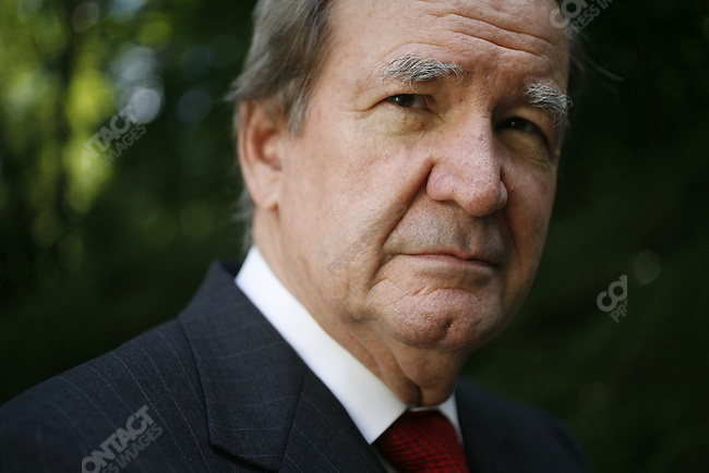 Pat Buchanan at his McLean, Virginia home. August 18, 2006