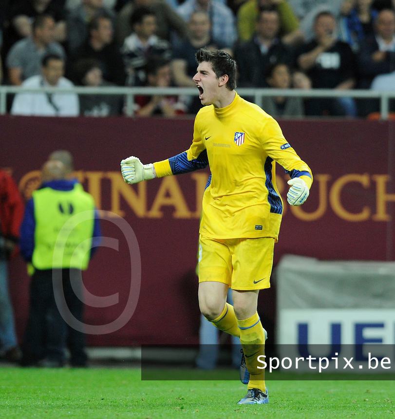 Uefa Europa League Finale Bucharest / Boekarest ; Atletico Madrid 3-0 Athletic Bilbao : Thibaut Courtois viert mee met het 3de doelpunt .foto DAVID CATRY / VDB
