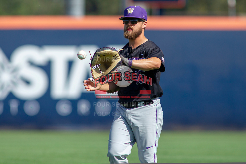 University of Washington Huskies Nick Kahle (16) warms up in the outfield prior to the game against the Cal State Fullerton Titans at Goodwin Field on June 08, 2018 in Fullerton, California. The University of Washington Huskies defeated the Cal State Fullerton Titans 8-5. (Donn Parris/Four Seam Images)