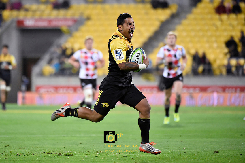 Hurricanes' Te Toiroa Tahuriorangi in action during the Super Rugby - Hurricanes v Southern Kings at Westpac Stadium, Wellington, New Zealand on Friday 25 March 2016.<br /> Photo by Masanori Udagawa. <br /> www.photowellington.photoshelter.com.