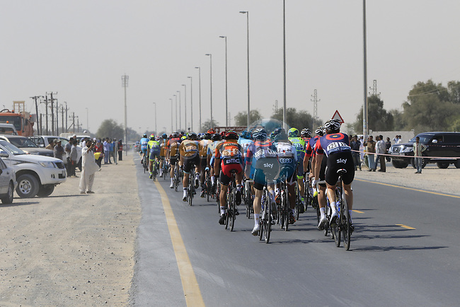 The peloton pass through Al Marmoom during Stage 2, the Nakheel Stage, of the 2016 Dubai Tour starting at the Dubai International Marine Club and running 188km to Palm Jumeirah Atlantis, Dubai, United Arab Emirates. 4th February 2016.<br /> Picture: Eoin Clarke   Newsfile<br /> <br /> <br /> All photos usage must carry mandatory copyright credit (&copy; Newsfile   Eoin Clarke)