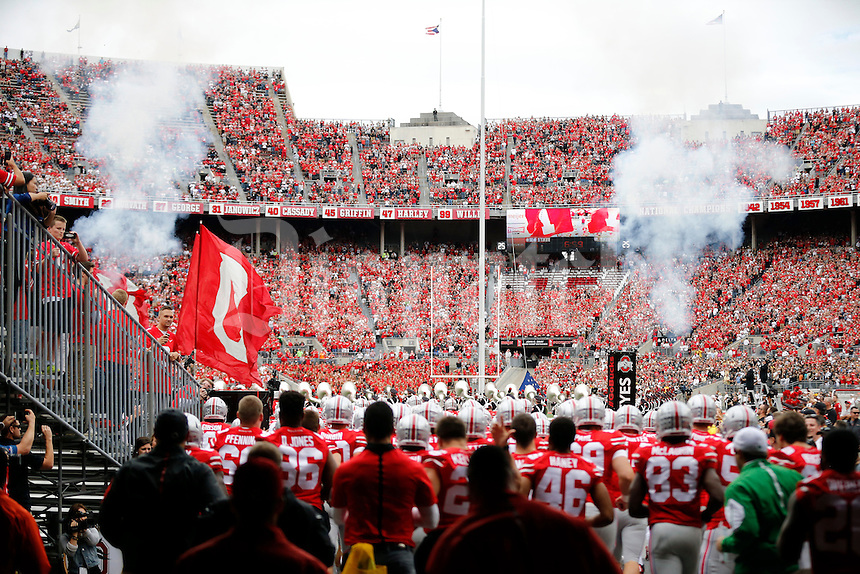 Ohio State Buckeyes take the field before their game against Western Michigan Broncos at Ohio Stadium on September 26, 2015.  (Dispatch photo by Kyle Robertson)
