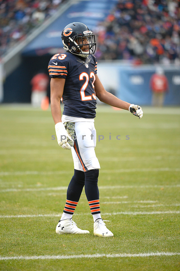 Chicago Bears Kyle Fuller (23) during a game against the Minnesota Vikings on November 16, 2014 at Soldier Field in Chicago, IL. The Bears beat the Vikings 21-13.