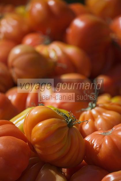Europe/France/Rhône-Alpes/26/Drôme/Montélimar: le marché -tomates coeur de boeuf
