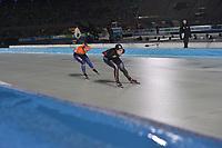 SCHAATSEN: AMSTERDAM: Olympisch Stadion, 09-03-2018, WK Allround, Coolste Baan van Nederland, 3000m Ladies, Ayaka Kikuchi (JPN), Ireen Wüst (NED), ©foto Martin de Jong