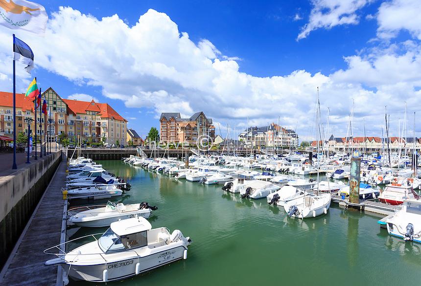 France, Calvados (14), Dives-sur-Mer, port de plaisance de port Guillaume // France, Calvados, Dives sur Mer, Port Guillaume (William harbor)