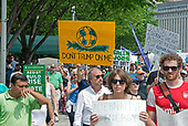 "Thousands of people are in the streets of the Nation's Capital as part of the ""Peoples Climate March"" in Washington, DC on Saturday, April 29, 2017.<br /> Credit: Ron Sachs / CNP"