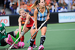 The Hague, Netherlands, June 03: Field hockey group match (Women - Group B) between Argentina and the United States on June 3, 2014 during the World Cup 2014 at GreenFields Stadium in The Hague, Netherlands. Final score 2:2 (1:1) (Photo by Dirk Markgraf / www.265-images.com) *** Local caption ***
