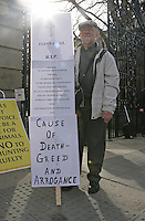 09/03/2011.Fianna Fail protester Willie O' Brien.during the 1st day of the 31st Dail.at Leinster House,  Dublin..Photo: Gareth Chaney Collins