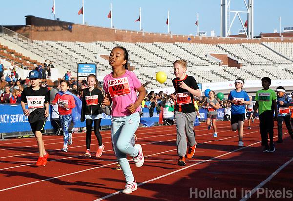 Nederland - Amsterdam - 2017 .  De Kids Run van de Marathon van Amsterdam.    Foto mag niet in negatieve context gebruikt worden.  Foto Berlinda van Dam / Hollandse Hoogte