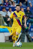 2nd November 2019; Estadi Ciutat de Valencia, Valencia, Spain; La Liga Football, Levante versus FC Barcelona; Lionel Messi of FCB brings the ball forward - Editorial Use