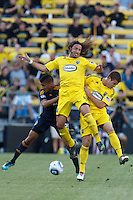 29 MAY 2010:  Galaxy's #28 Sean Franklin, Gino Padula of the Columbus Crew (4) and Chad Marshall during MLS soccer game between LA Galaxy vs Columbus Crew at Crew Stadium in Columbus, Ohio on May 29, 2010. Galaxy defeated the Crew 2-0.