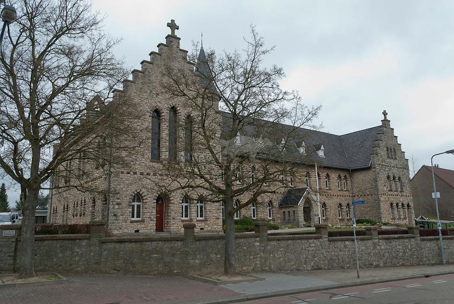 Hulsberg, Klooster Miossiezuster Oblaten van de Assumptie