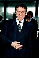 Environment Minister Paul Begin in April 1998<br /> Paul B»gin, Ministre de l'environnement du Qu»bec, en 1998<br />  photo by Pierre Roussel / Images Distribution