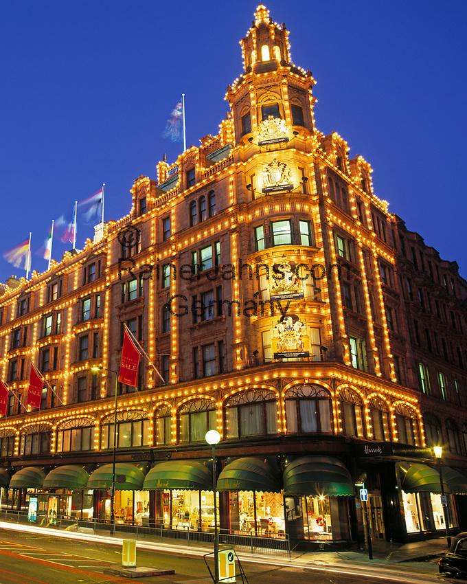 England, London Knightsbridge: Harrod's bei Nacht | United Kingdom, London Knightsbridge: Harrod's at night