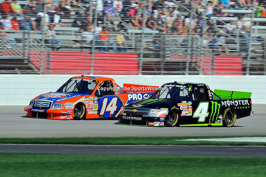 Mar 07, 2009; 2:26:54 PM; Hampton, GA, USA; NASCAR Camping World Truck Series race for the American Commercial Lines 200 at the Atlanta Motor Speedway.  Mandatory Credit: (thesportswire.net)