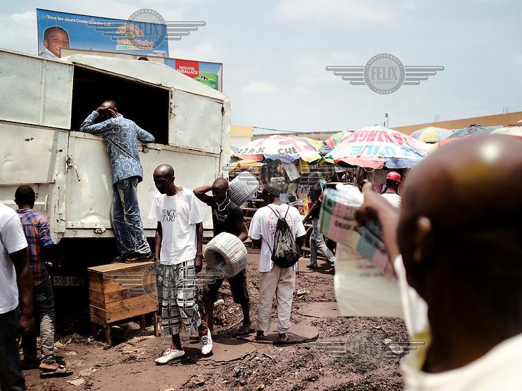 The market in central Kinshasa.