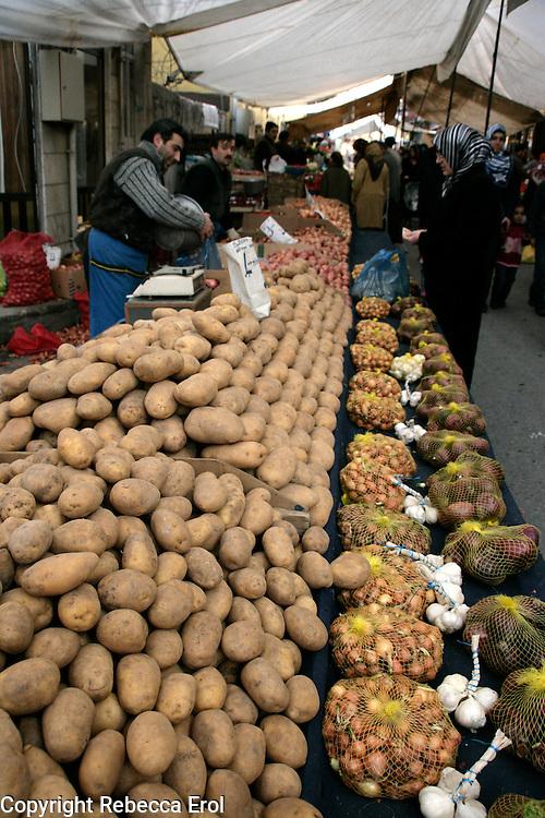 Fresh fruit and vegetable market, Istanbul, Turkey