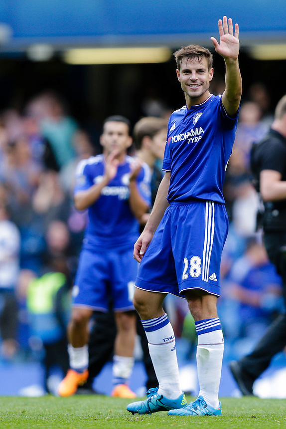 Chelsea's Cesar Azpilicueta acknowledges the home fans at full time<br /> <br /> Photographer Craig Mercer/CameraSport<br /> <br /> Football - Barclays Premiership - Chelsea v Arsenal - Saturday 19th September 2015 - Stamford Bridge - London<br /> <br /> &copy; CameraSport - 43 Linden Ave. Countesthorpe. Leicester. England. LE8 5PG - Tel: +44 (0) 116 277 4147 - admin@camerasport.com - www.camerasport.com