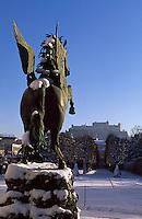 Oesterreich, Salzburg im Winter, Schloss Mirabell, Pegasusbrunnen im Mirabellgarten, Unesco-Weltkulturerbe