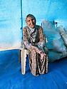 Iraq 2013 .In the unofficial camp, Aîcha, 80 years, with 6 members of her family, lives under this temporary plastic shelter   .Irak 2013 .A cote du camp de Domiz, dans le camp officieux, Aîcha, 80 ans, et sa famille vivent sous un abri de fortune.