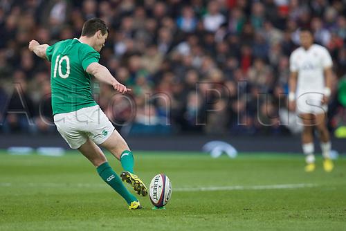 27.02.2016. Twickenham, London, England. RBS Six Nations Championships. England versus Ireland. Ireland fly-half Jonathan Sexton kicks a conversion.
