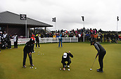 1st October 2017, Windross Farm, Auckland, New Zealand; LPGA McKayson NZ Womens Open, final round;  New Zealand's Lydia Ko and players on the practice tee as play is suspended