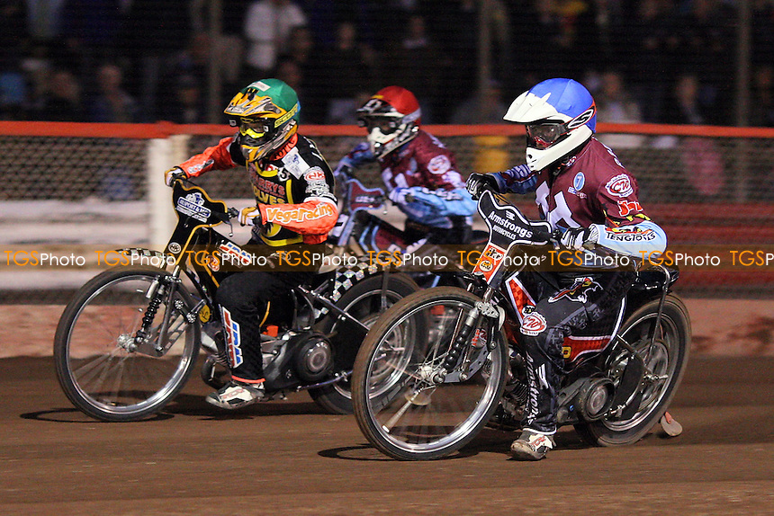 Heat 4: Stuart Robson (blue), Fredrik Lindgren (green) and Kauko Nieminen (red) - Lakeside Hammers vs Wolverhampton Wolves - Sky Sports Elite League Speedway at Arena Essex Raceway, Purfleet - 01/05/09 - MANDATORY CREDIT: Gavin Ellis/TGSPHOTO - Self billing applies where appropriate - 0845 094 6026 - contact@tgsphoto.co.uk - NO UNPAID USE.