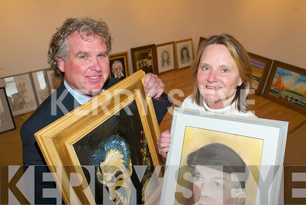 EXHIBITION: Artists JJ Sheehy and Janet Tvedten Fitzgerald, who are opening exhibition, 'Kerry: People and Place' at the Samhlai?ocht Gallery in Tralee.   Copyright Kerry's Eye 2008