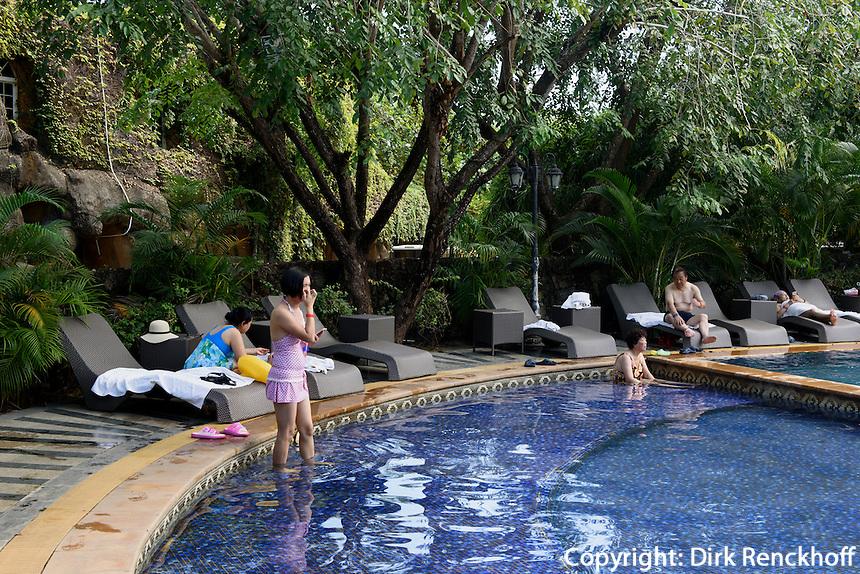 Hei&szlig;e Quellen bei Sanya auf der Insel Hainan, China<br /> Hot springs near Sanya, Hainan island, China