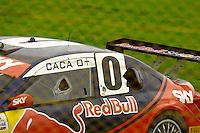 GOIÂNIA,GO.06.11.2016 - STOCK CAR-GO - Cacá Bueno piloto da Stock Car escapa o carro da pista molhada durante corrida na etapa Goiânia no autódromo internacional Ayrton Senna, na cidade de Goiânia neste domingo (06) (Foto: Marcos Souza/Brazil Photo Press)