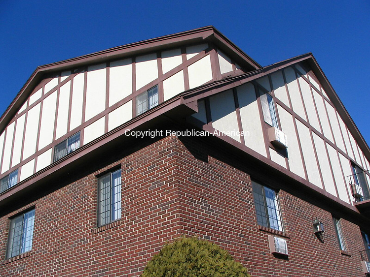 Waterbury, CT - 30 Dec. 2008 - 123008AL02 - River's Edge Apartment Homes on Sharon Road has been sold to a White Plains, N.Y. company for $10.6 million.