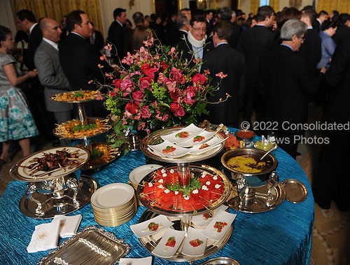 Cuisine inspired by Mexican tradition is seen during a Cinco de Mayo reception in the East Room of the White House in Washington, DC, on Thursday, May 5, 2011.   .Credit: Roger L. Wollenberg / Pool via CNP