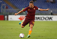 Calcio, Europa League: Roma vs Astra Giurgiu. Roma, stadio Olimpico, 29 settembre 2016.<br /> Roma&rsquo;s Francesco Totti kicks the ball during the Europa League Group E soccer match between Roma and Astra Giurgiu at Rome's Olympic stadium, 29 September 2016. Roma won 4-0.<br /> UPDATE IMAGES PRESS/Riccardo De Luca