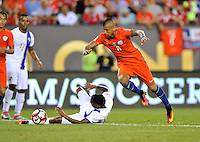 Philadelphia, PA - Tuesday June 14, 2016: Alberto Quintero, Arturo Vidal during a Copa America Centenario Group D match between Chile (CHI) and Panama (PAN) at Lincoln Financial Field.