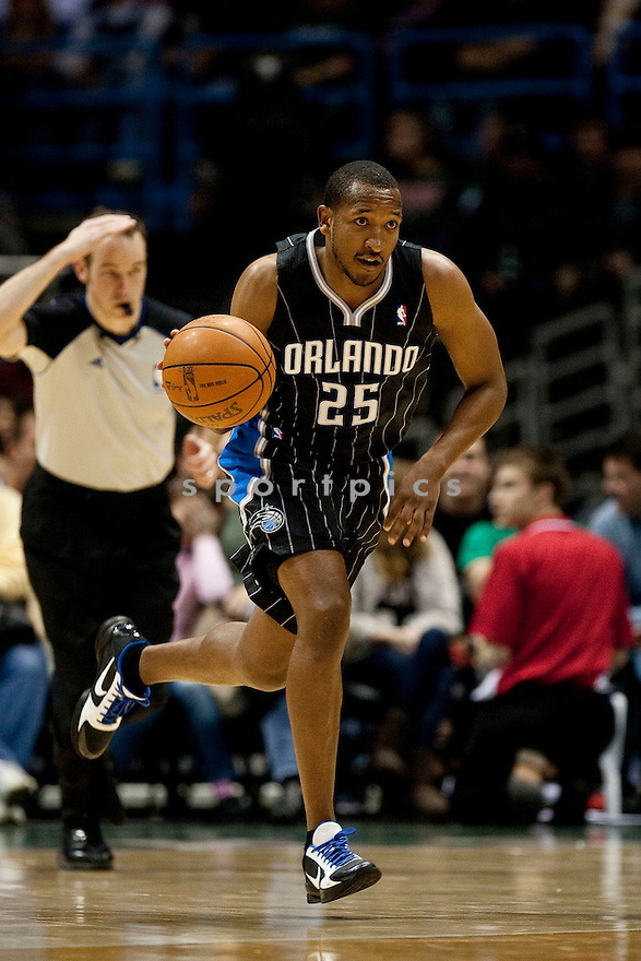 CHRIS DUHON, of the Orlando Magic in actions during the Magic game against the Milwaukee Bucks at Bradley Center on March 16, 2011.  The Orlando Magic won the game beating the Milwaukee Bucks 93-89.